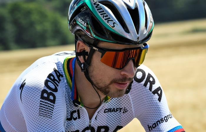 Tour de Francia: Peter Sagan es expulsado tras codazo a Cavendish