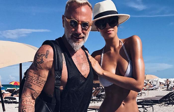 Gianluca Vacchi y Ariadna Gutiérrez de paseo en moto