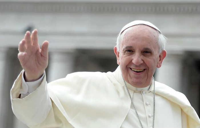 Visita del papa Francisco a Colombia contará con tres papamóviles