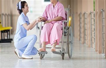Mujer quedo en silla de ruedas luego de tener un orgasmo