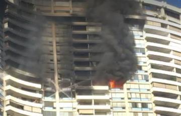 Hawaii: Gran incendio en un rascacielos deja al menos tres muertos