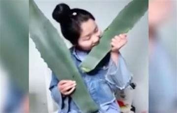 Viral: Bloguera china se intoxica en directo al consumir una planta