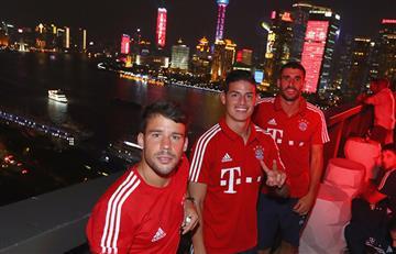 James Rodríguez al son de 'Despacito' con sus compañeros del Bayern Múnich