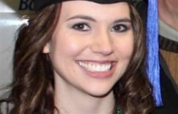 Estados Unidos: Profesora regala una noche de sexo a alumno por su cumpleaños