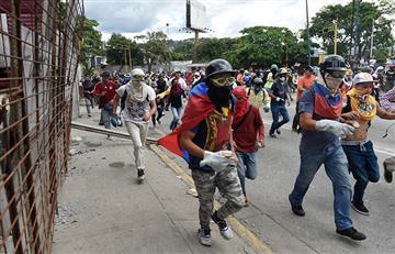 Venezuela: Marchas en Caracas son dispersadas con gases lacrimógenos