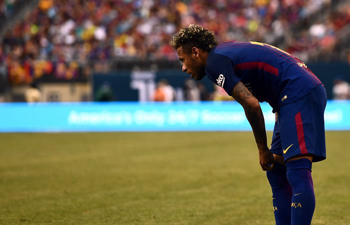 Neymar se queda en el Barcelona, Piqué lo confirma