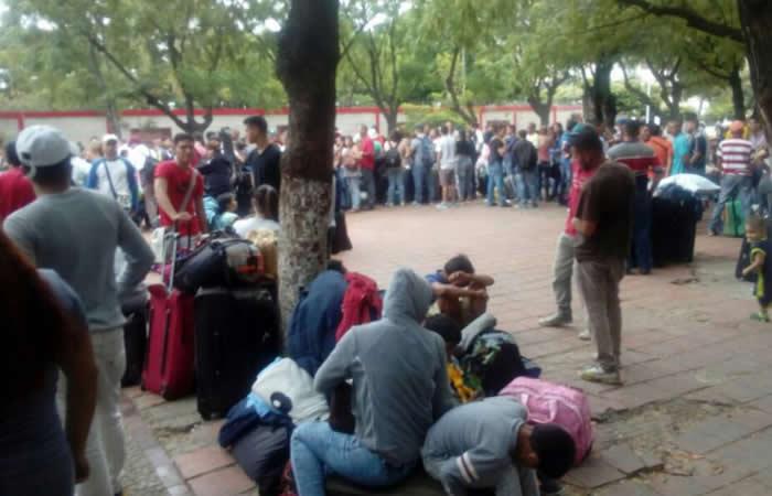 Venezolanos enfrentan una situación dramática en Colombia