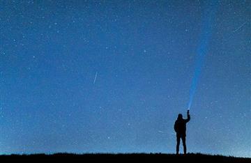 Lluvia de estrellas en el cielo se presentará este viernes