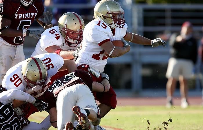 Existe un vínculo entre fútbol americano y las enfermedades neurodegenerativas