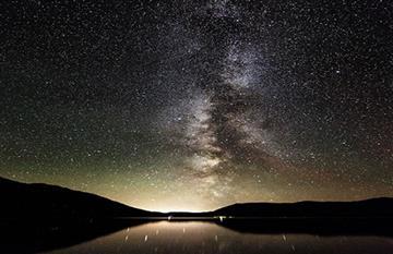 ¿Cómo puedes ver la lluvia de estrellas este viernes?