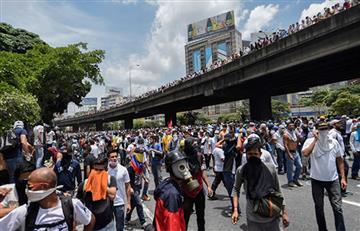 EEUU ordena dejar Venezuela a familiares de personal de embajada