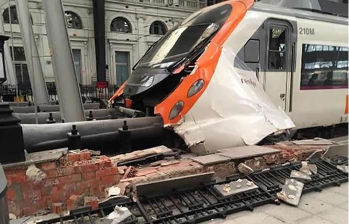 Tren en Barcelona se accidentó y dejó más de 50 heridos