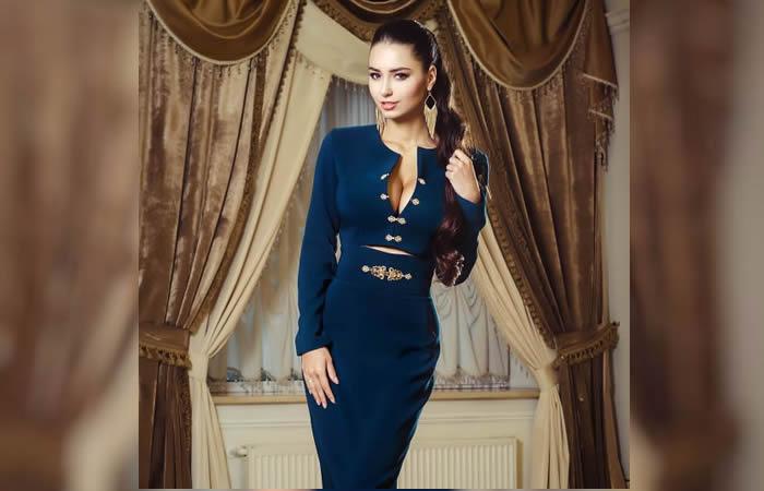 Helga Lovekaty: Cinco vestidos que podrías usar en la oficina