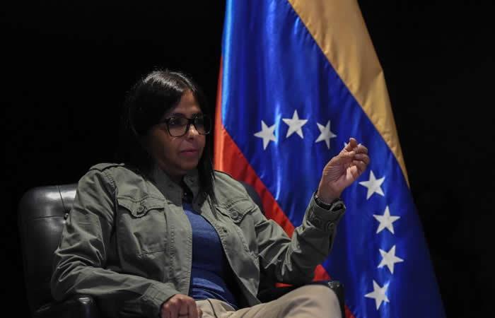 Delcy Rodríguez: Estados Unidos 'no te metas con Venezuela'