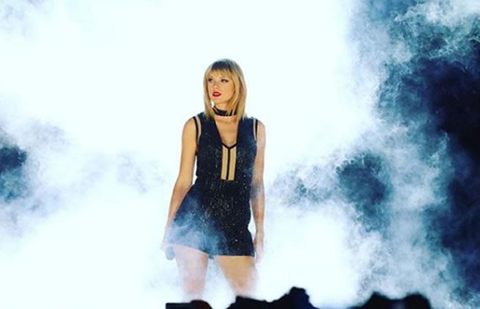 Taylor Swift en juicio contra un DJ al que acusa de haberla manoseado