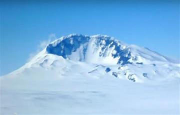 Antártida: Hallan 91 volcanes bajo el hielo