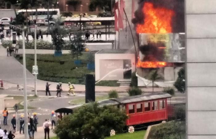 Bogotá: Incendio cerca al C.C Gran Estación