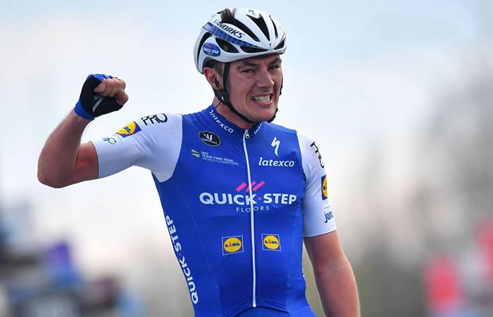 Vuelta a España: Yves Lampaert gana la etapa 2