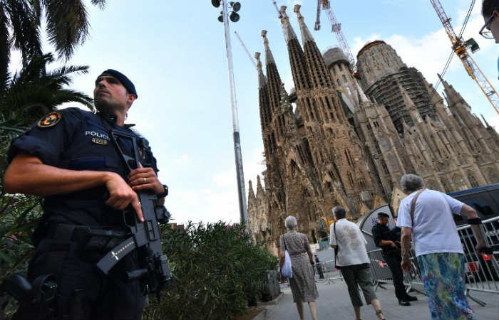 Barcelona: Abatido un hombre que podría ser el autor del atentado