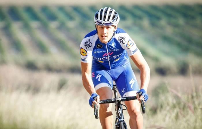 Vuelta a España: Matteo Trentin gana la etapa 4