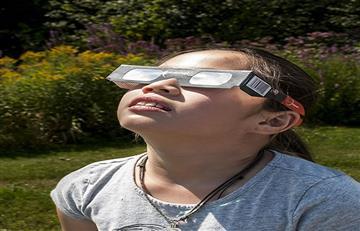 Google: ¿Cómo saber si el eclipse solar te afectó tus ojos?