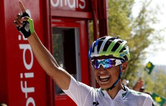 Esteban Chaves apretó a Chris Froome y por poco gana la etapa 9