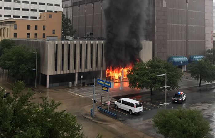 Estados Unidos: Explosión en un edificio de Houston, Texas