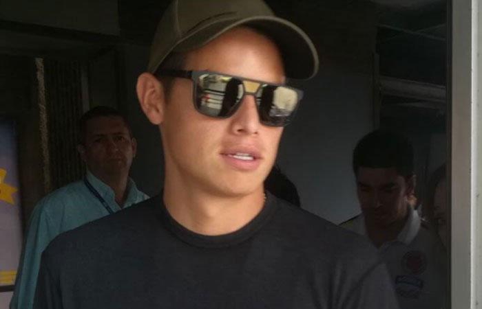 James Rodríguez llegó a Barranquilla para seguir con su recuperación
