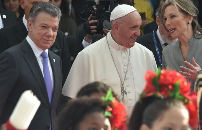 Papa Francisco: Los cuatro regalos que Santos le entregará