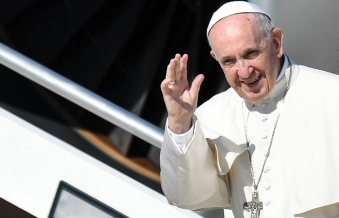 Papa Francisco y sus grandes ejemplos de sencillez