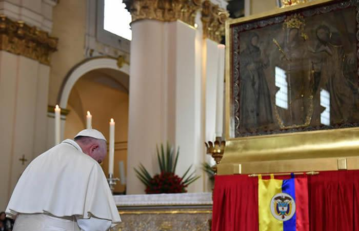 Esto fue lo que el papa Francisco le pidió a la Virgen de Chiquinquirá