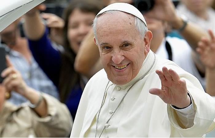 Cartagena: Papa Francisco pide a Colombia cambiar su