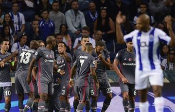 Besiktas sorprendió al Porto en su casa