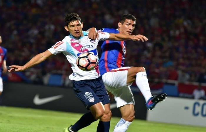 Junior consiguió importante empate ante Cerro Porteño