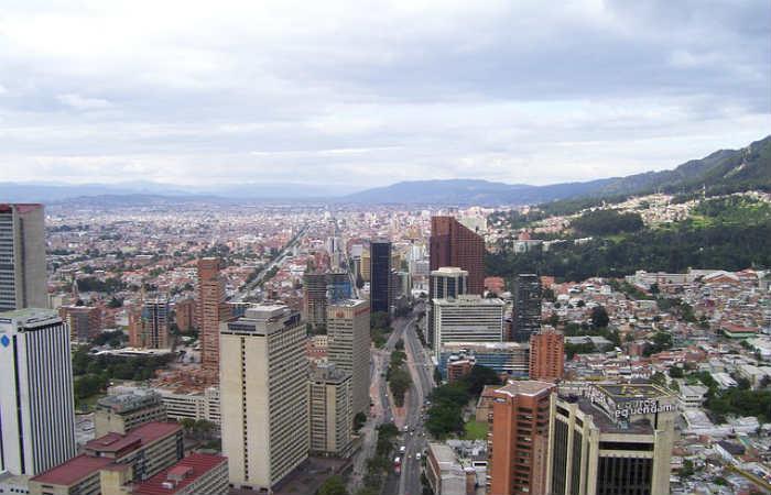 Bogotá se raja en movilidad y acceso a vivienda