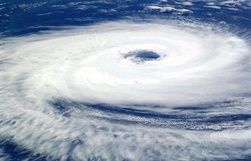 El huracán María se intensifica y se vuelve de categoría 2