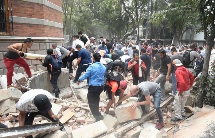 México: Varios famosos reportan el caos que generó el sismo