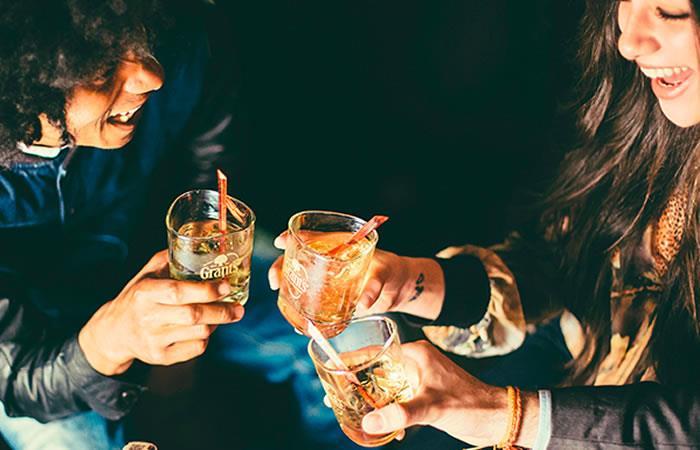 Dos recetas de cócteles con whisky para Amor y Amistad