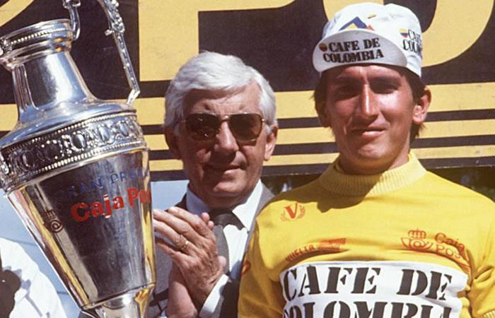 Conmovedor homenaje a Lucho Herrera 30 años luego de ganar la Vuelta a España. Foto. AFP