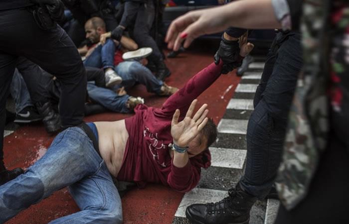 Cataluña: Jornada de referéndum independista deja 337 heridos