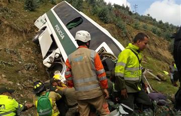 Trágico accidente de un bus de la Policía en Chusacá, Cundinamarca