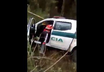 Video: Acusado de saquear carro de la policía, se defendió