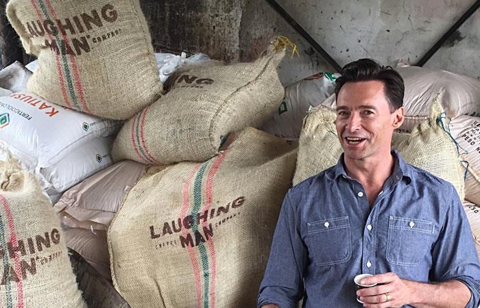 Los mejores memes tras la visita de Hugh Jackman a Colombia. Foto: Twitter.