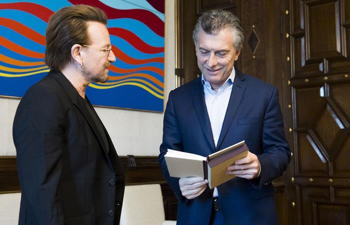 Bono incomodó a Macri al preguntarle por Maldonado, joven desaparecido
