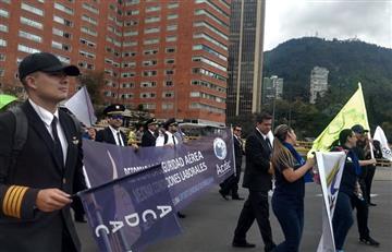 Avianca: Pilotos exigen su derecho a huelga y asociación durante la marcha