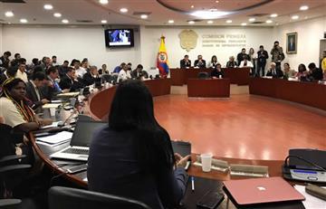 """Representantes a la Cámara se """"agarraron"""" en pleno debate"""