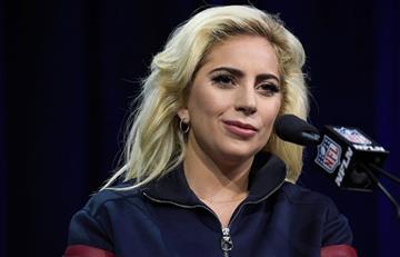 Lady Gaga reclama control de armas tras masacre en Las Vegas