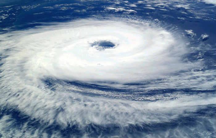 Huracán Ophelia se dirige hacia Reino Unido e Irlanda