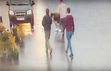 Moscú: Un cliente descontento asesinó a su peluquero en plena calle