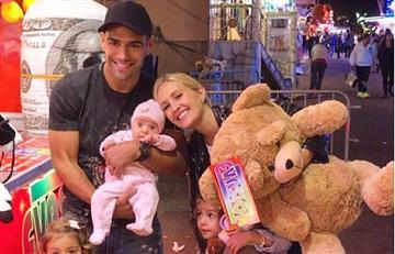 Falcao García y la tierna foto con su familia tras ganar un peluche